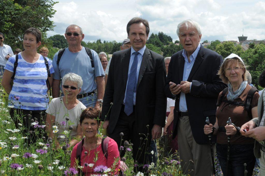 Jean-Claude Boulard, Christophe Rouillon et les Coulainais, à l'occasion de l'inauguration du Boulevard nature à Coulaines le 29 juin 2013